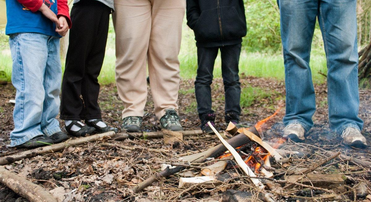 WILDLIFE WATCH - FIRELIGHTING AND CAMPFIRE COOKING