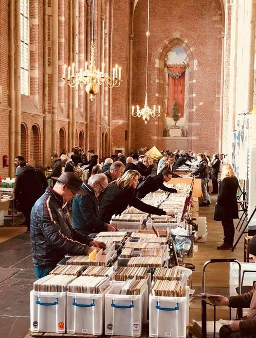 Platenbeurs Deventer Lebuinuskerk zaterdag 9 november