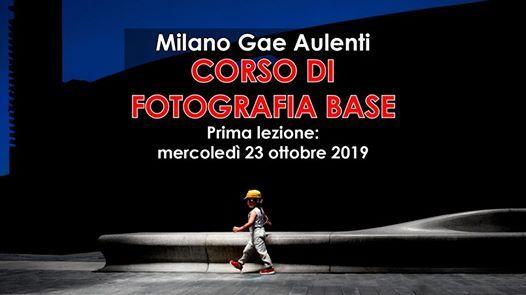 Milano Gae Aulenti corso di fotografia base