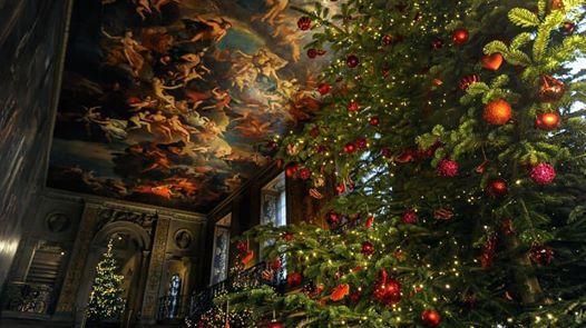 Chatsworth HOUSE at Christmas Christmas Market and FARM SHOP