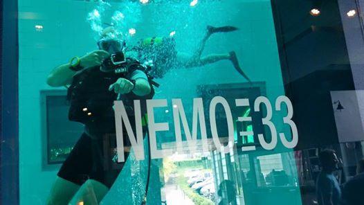 Flash-duik in Nemo33