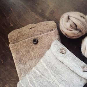 Make a felt case for your device with Simone Bensdorp