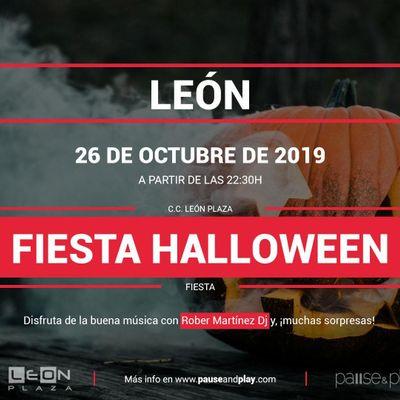 Fiesta Halloween en Pause&ampPlay Len Plaza
