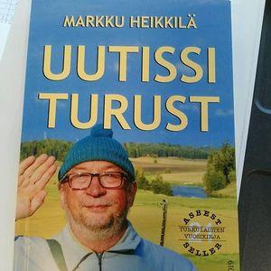 Markku Heikkil signeeraa Turussa