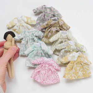 Making outfit and bed for Courage Dolls (all sizes)
