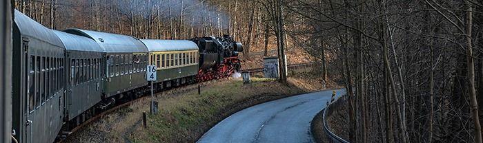 Mit Dampf und Bus zum Weihnachtsshopping nach Seiffen