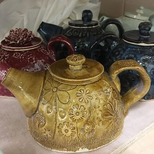 Teapot Making Workshop with Muddy Fingers Pottery